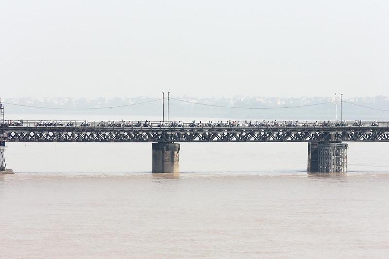 Hanoi - large bridge filled with motor bikes