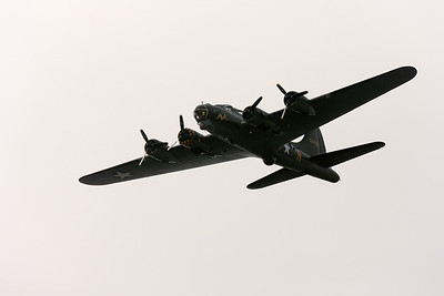 B-17 Sally B (F)