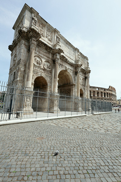 Beautiful Arcs near the Colloseum