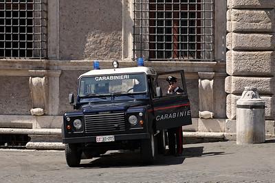 A Carabinieri at Piazza Farnese