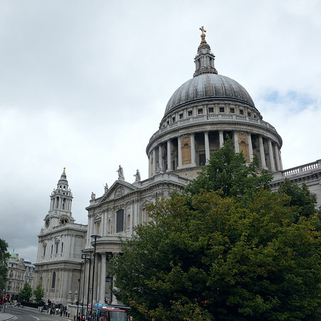 St-Paul's Cathedral