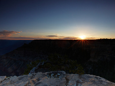 One of the many great sunrises and sunsets we saw on our trip along the parks. In this case it's a sunrise over the Grand Canyon.