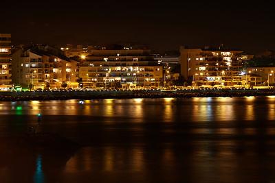 L'Escala by night