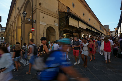 A busy day on the corner of Uffizi and Ponte Vecchio