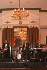 Our entertainment for the evening, The David Archer Band, was perfect for dancing and great background music enjoyment.  David is the consumate professional!
