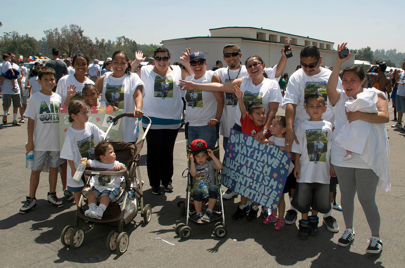 2012LosAngelesWalkNowforAutismSpeaks_PhotoBySashaTracy4