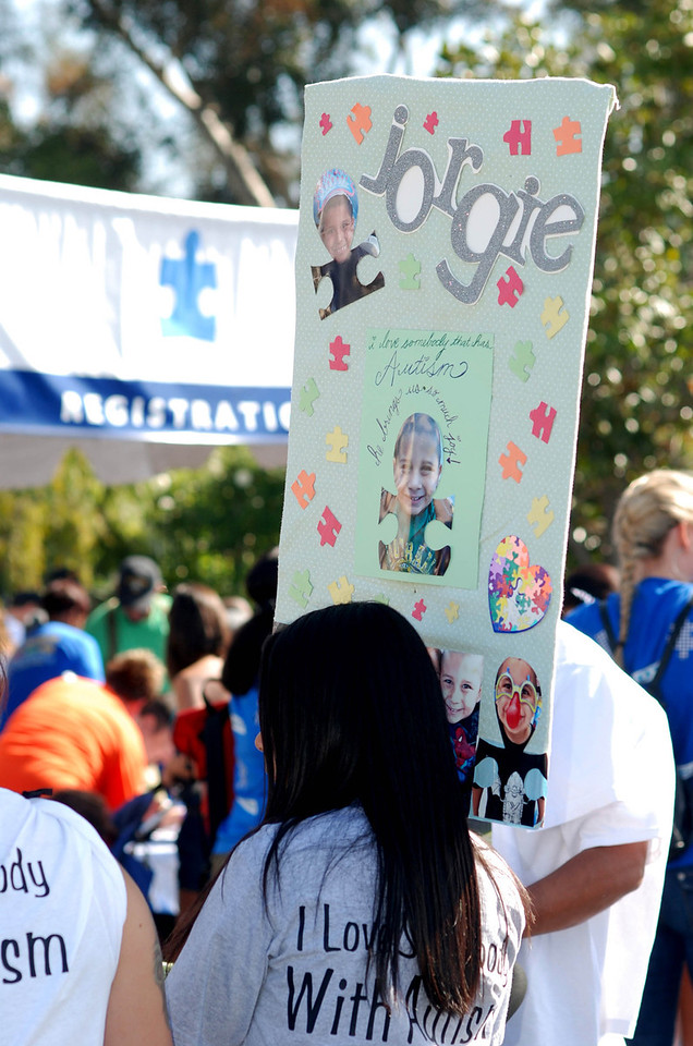 2012LosAngelesWalkNowforAutismSpeaks_PhotoBySashaTracy2