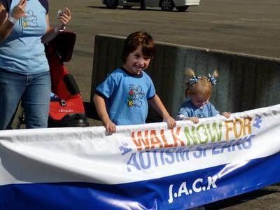 Archival Walk Now for Autism Speaks Orange County - Angels Stadium, Anaheim, CA - Photos by Bianca Ancona