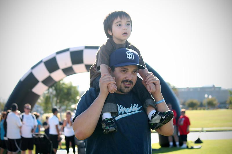 Walk Now for Autism Speaks San Diego - Point Loma Liberty Station - San Diego CA - Photos by Nicole Lawson