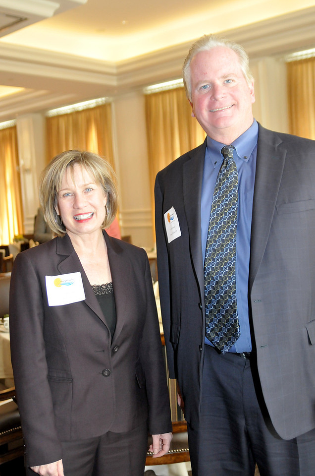 Orange County Chapter of the Association of Legal Administrators President-Elect Connie Jedrzejewski and Fisher & Phillips LLP Regional Managing Partner James McDonald Jr