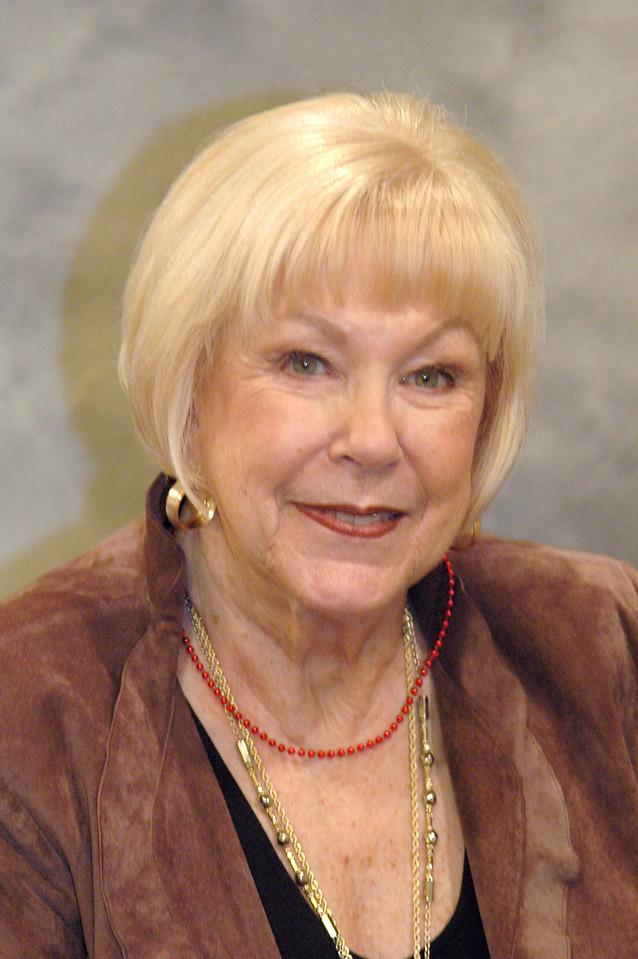 Marilyn-Hodges2