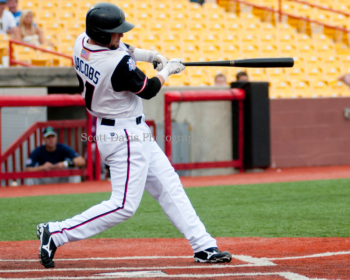 Florence Freedoms Justin Jacobs hits a two run home run. (Cincysportszone/Scott Davis)