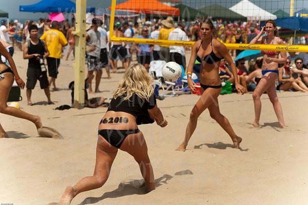 Manhattan Beach Six Man Beach Volleyball, 31 Jul 2010