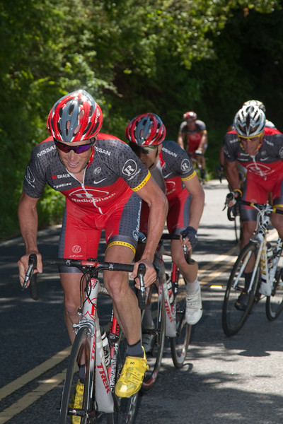As Popovich's work is complete, it is now Horner's turn to whip up the pace and fracture the peloton for Levi...