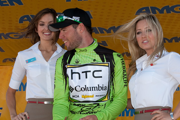 Meanwhile, Cav seens happy to reclaim the green jersey.