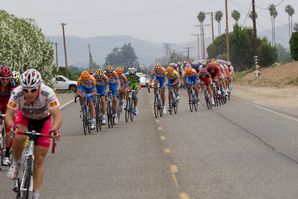 """...Garmin works to bring them back till the """"right"""" group gets up the road."""
