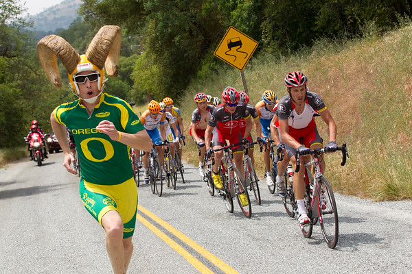 Dorie was on the top of this climb as well, now sporting an outfit in honor of Horner.
