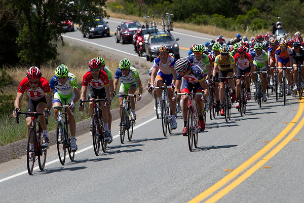 The peloton will soon disintegrate under the pressure of RadioShack and Liquigas.