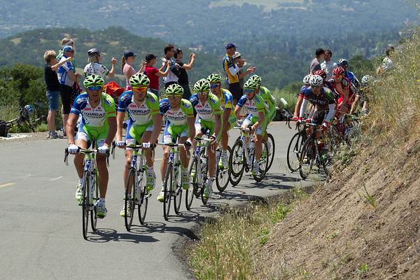 Liquigas sure looks like they are serious about delivering Sagan for another win, six are up front with Sagan on the climb.
