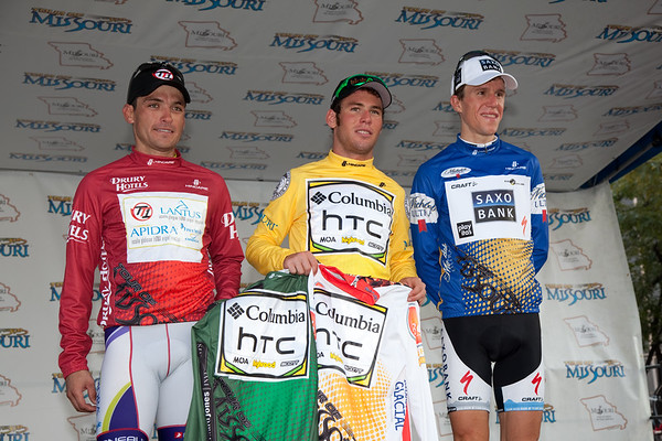 So many jerseys, which to wear? Cavendish captured the sprint, young riders, and the leaders jersey today!