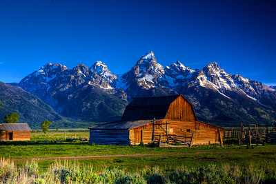 Mormon's Row Barn and the Grand Tetons