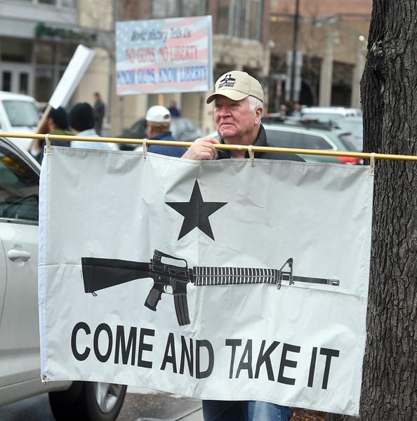 Pro Gun Rally in Boulder