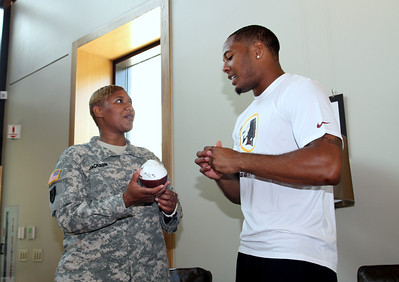 Redskins Visit to USO Warrior and Family Center  / Bethesda 2014