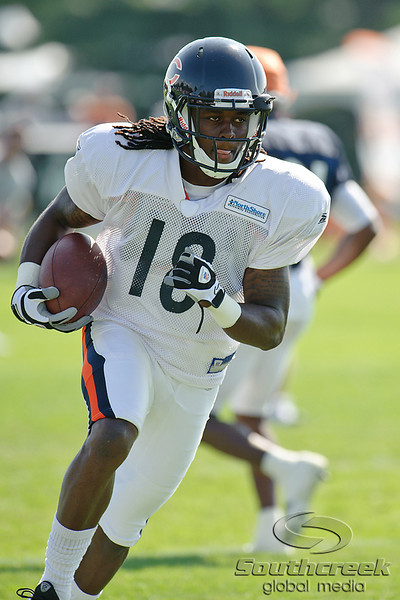 5 August 2010:  Chicago Bears wide receiver Antonio Robinson (18) returns a kickoff during the Bears training camp practice at Olivet Nazarene University in Bourbonnais, IL.<br /> Mandatory Credit - John Rowland / Southcreek Global