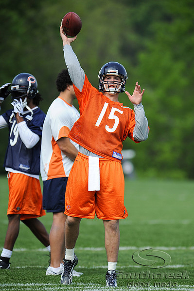 21 May 2010:  Rookie quarterback Dan LeFevour throws a pass during the Chicago Bears minicamp practice at Halas Hall in Lake Forest, Illinois.<br /> Mandatory Credit - John Rowland / Southcreek Global
