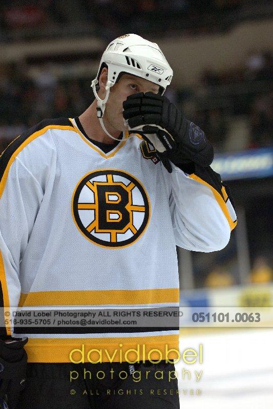 UNIONDALE, NY - November 1, 2005: Boston Bruin's Joe Thornton