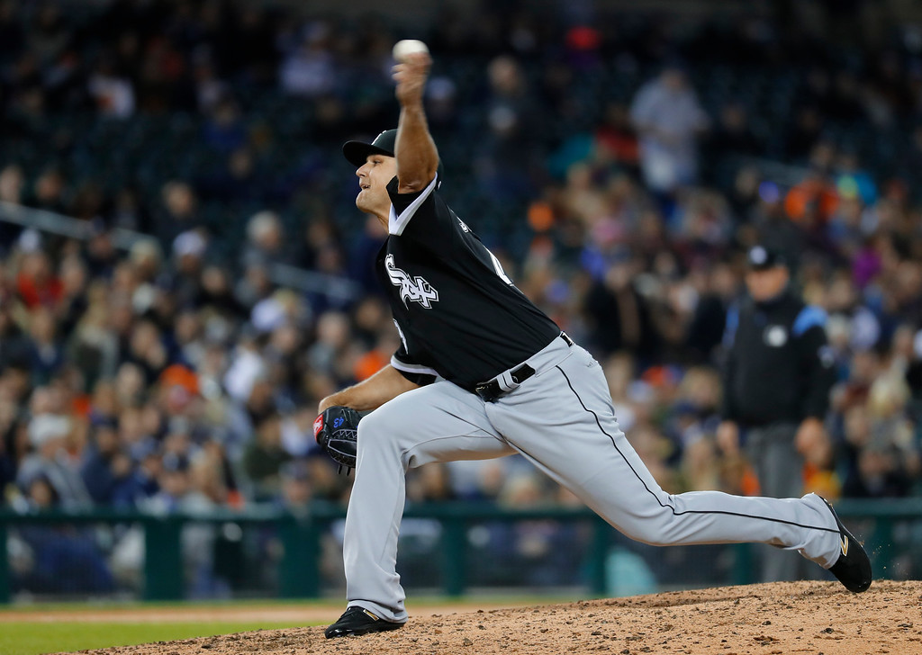 . Chicago White Sox relief pitcher Dan Jennings (43) throws against the Detroit Tigers in the fifth inning of a baseball game in Detroit, Friday, April 28, 2017. (AP Photo/Paul Sancya)