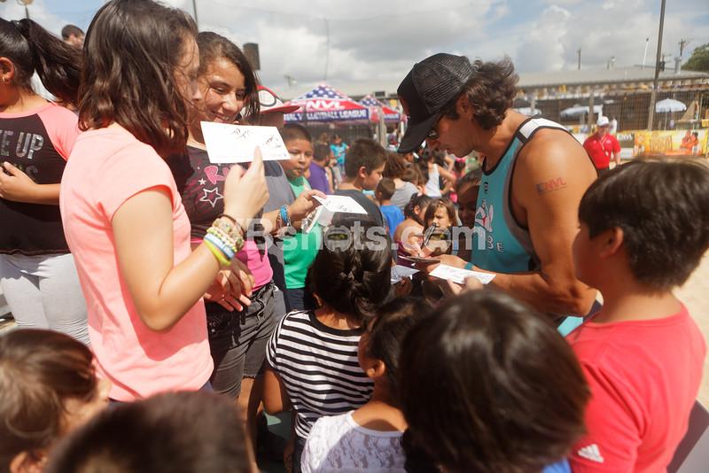 Shawn Ledig, Fans Spectators, Autographs