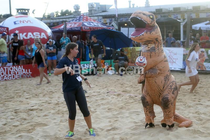 Dinosaur serving contest, Christine Maleske
