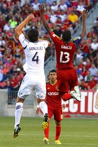 Real Salt Lake vs Los Angeles Galaxy 4-27-2013. Olmes Garcia (13)