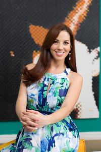Lussania Víquez: Revista HOLA Costa Rica Edición Octubre 2016