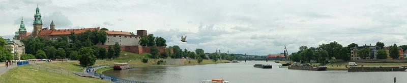 Krakow panorama: Wawel Cathedral and river Vistula