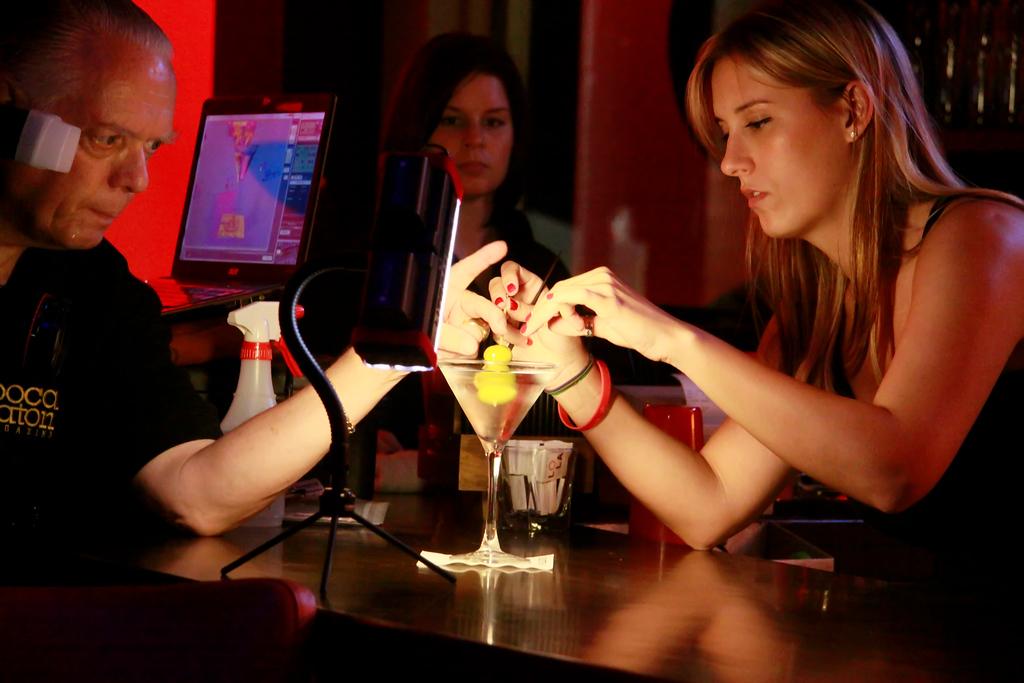 LOLA Martini Lamb Chop shoot 08SEP2009 (51)-NR