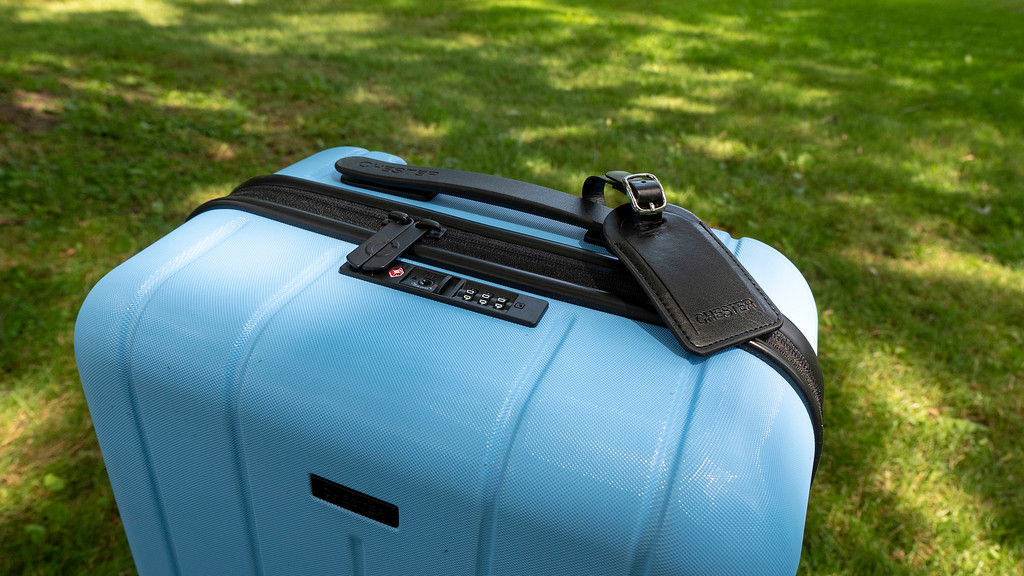 Lightweight Carry On Spinner Luggage