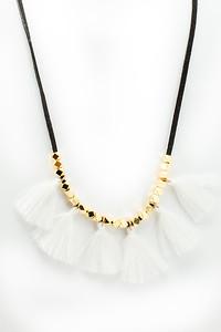 2018_bright_tassel_necklace (2 of 6)