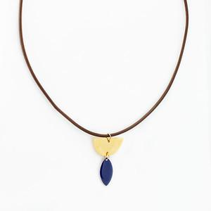 2018_enamel_necklace (4 of 7)