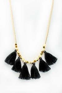 2018_bright_tassel_necklace (5 of 6)