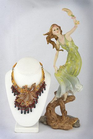 Almas Jewelers