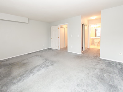 13713 72A Ave-37 MLS