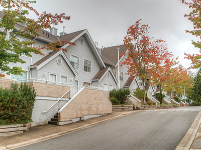 13713 72A Ave-49 MLS