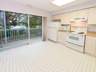 13713 72A Ave-22 MLS