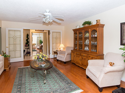 24040 49A Ave-11 MLS