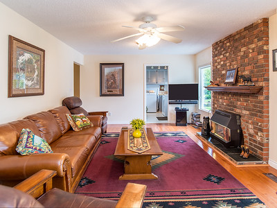 24040 49A Ave-21 MLS