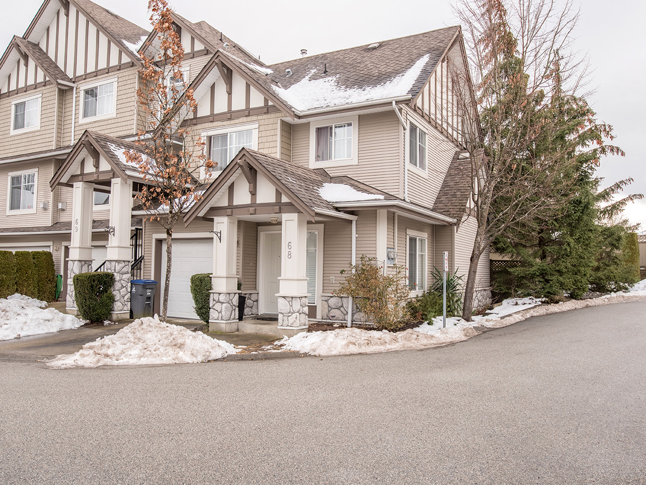 68-18221 68 Ave for MLS
