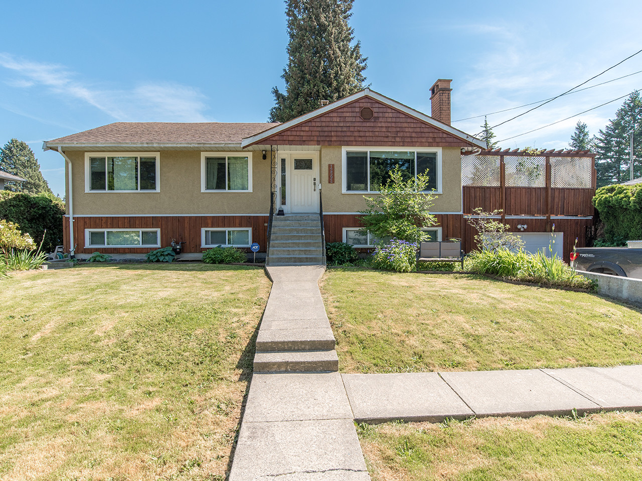 12592 102 Ave for MLS