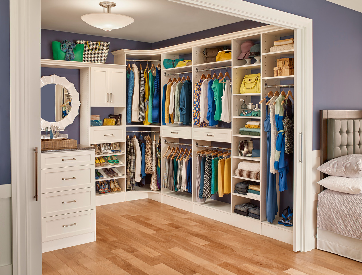 MasterSuite - Transitional Drawer Front